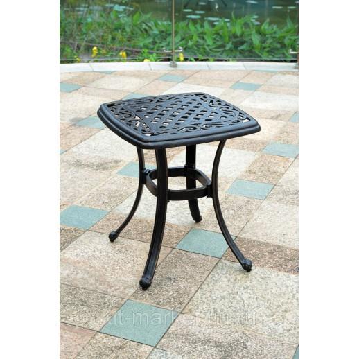 Кофейный столик из литого алюминия