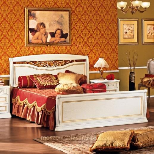 Луиджи белая - Двуспальная кровать с кованым элементом и прямой ножной спинкой