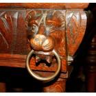 Стол обеденный со львами
