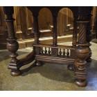 Стол в стиле Henry II