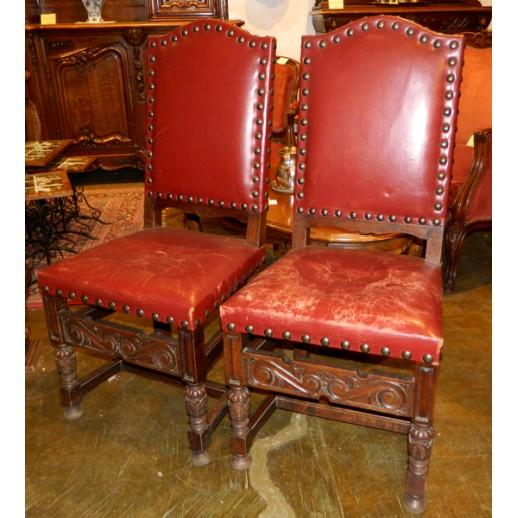 Пара стульев в стиле Тюдор