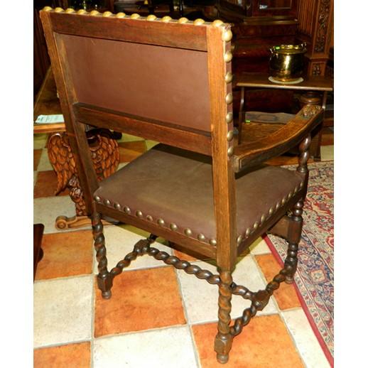 Кресло в стиле ренессанс