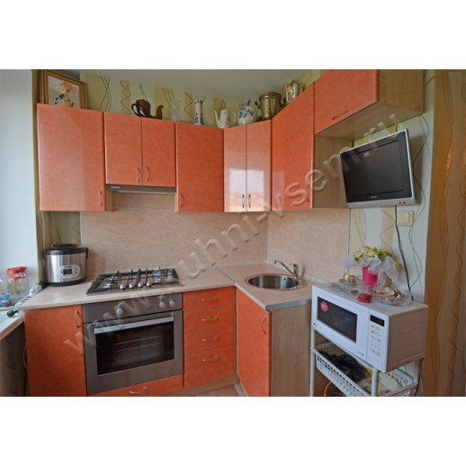 Угловая кухня из пластика, цвет «Паприка средиземноморская»
