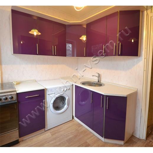 Угловая кухня АЛВИК ЛЮКС с фасадами МДФ-ЛАК цвета «Баклажан-глянец»