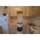 Недорогая угловая кухня из ДСП цвета «КЛЕН»