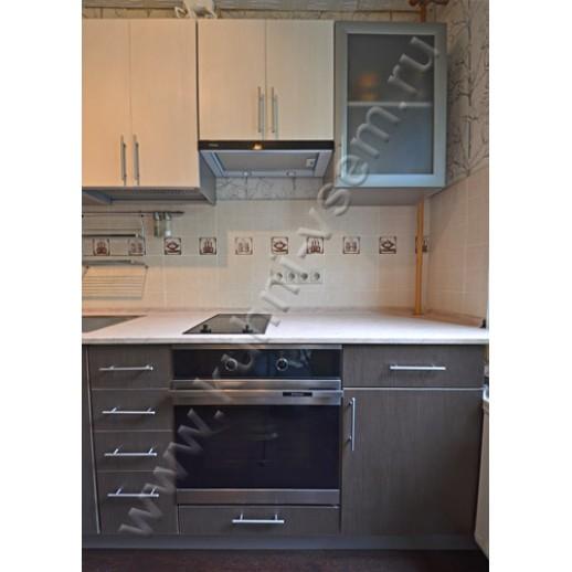 Модель «Кареглазка» - двухцветная кухня из ЛДСП EGGER