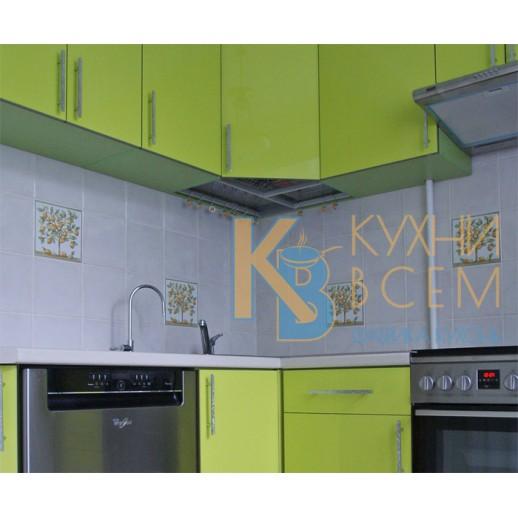 Угловая кухня АЛВИК ЛЮКС с фасадами МДФ-ЛАК, цвет Фисташковый глянец